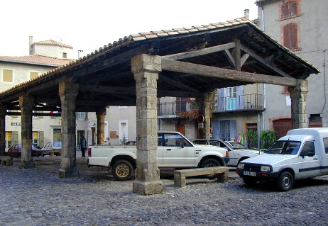 Lagrasse - Covered market